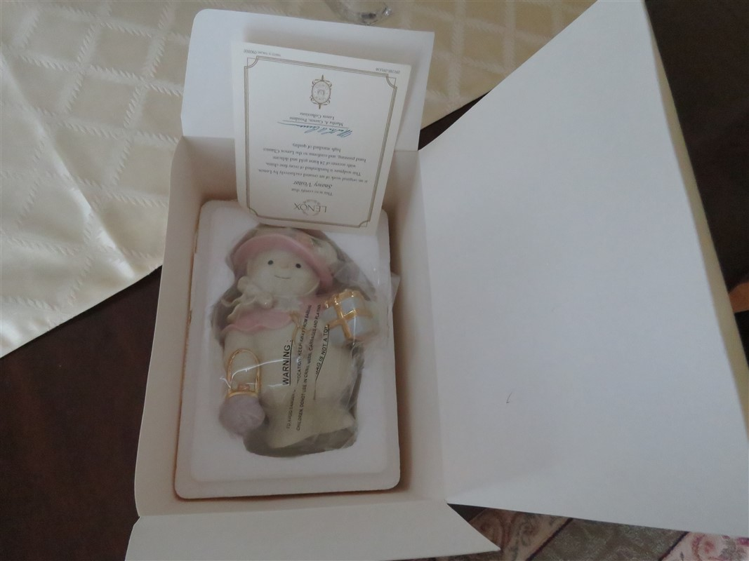Christmas Ornament Lenox Snowy Visitor Christmas Figurine Collectibles