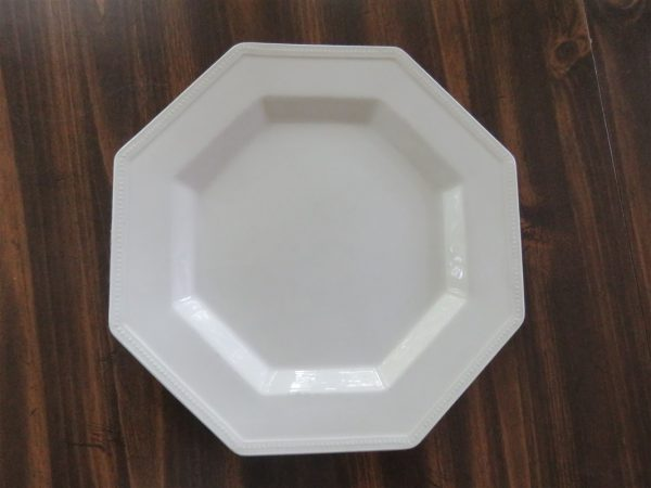 Dinner Plate Heritage White Octagonal by JOHNSON BROTHERS1